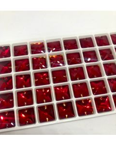 AURORA A3240 Square sew-on, 12 x 12 mm, Light Siam